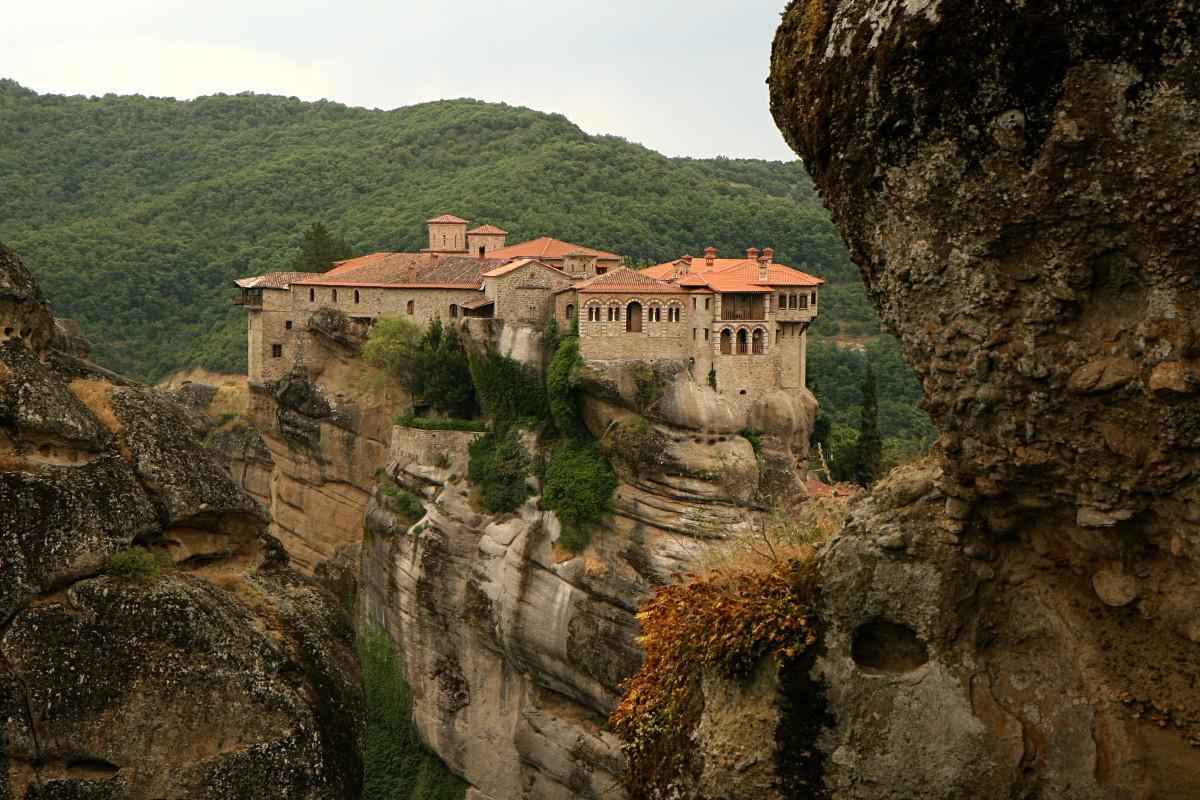Meteory - klasztory zawieszone w powietrzu