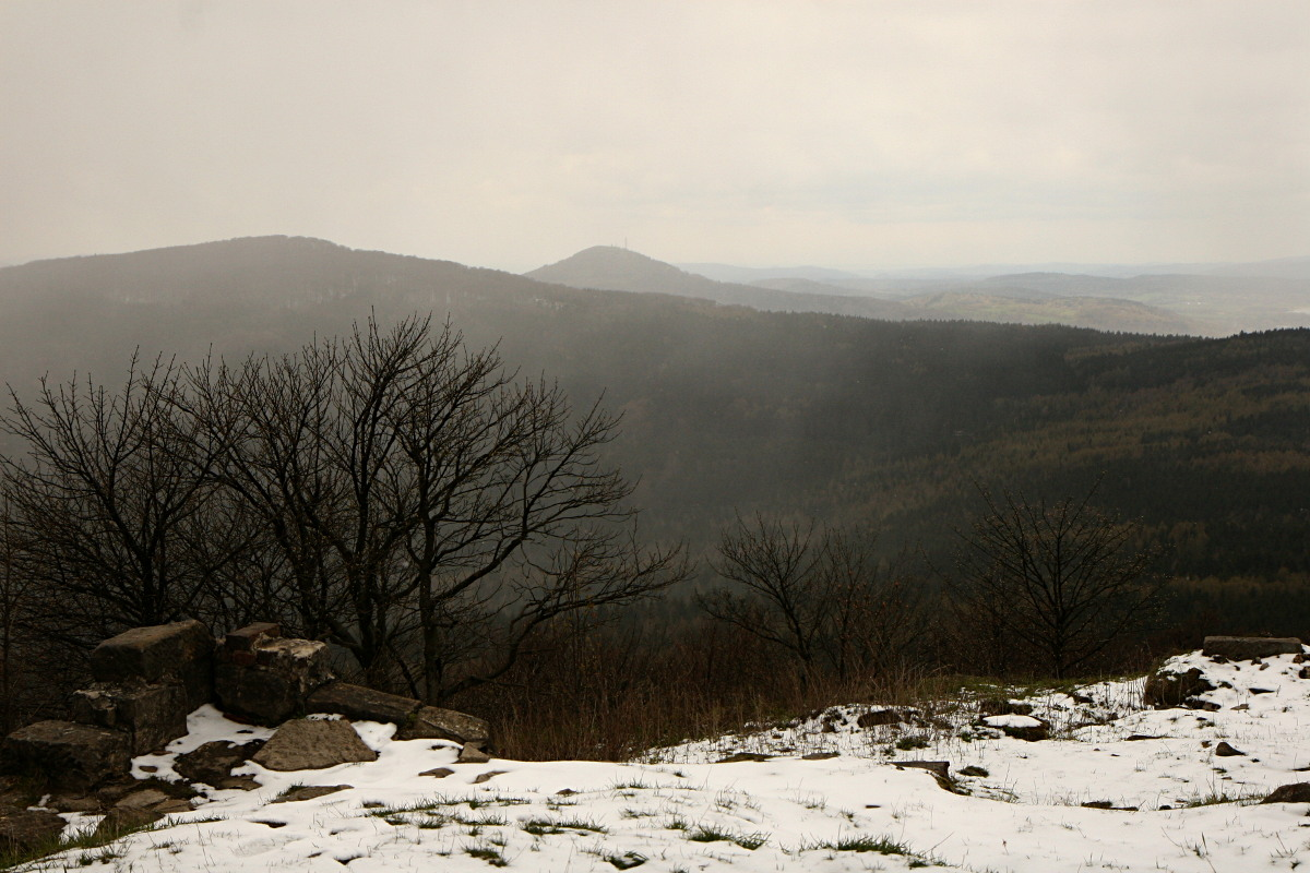 Widok ze szczytu Łuż